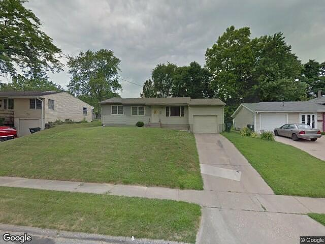 Lease to Own Home on 2Nd Davenport, IA