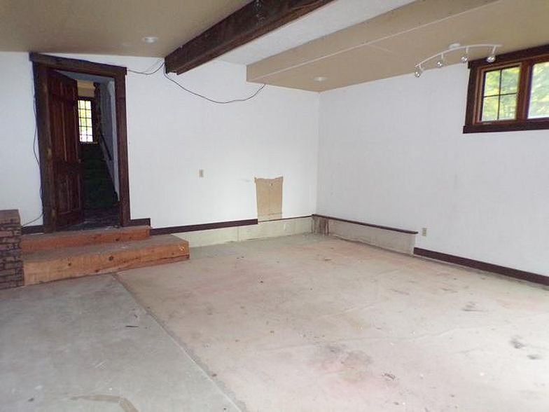 Lease to Own Home on Greenwood Endicott, NY