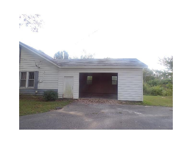 Lease to Own Home on Us Highway 79 Atwood, TN