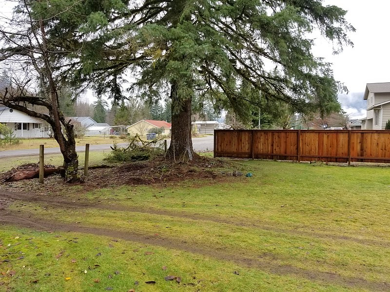 Lease to Own Home on Commercial Darrington, WA
