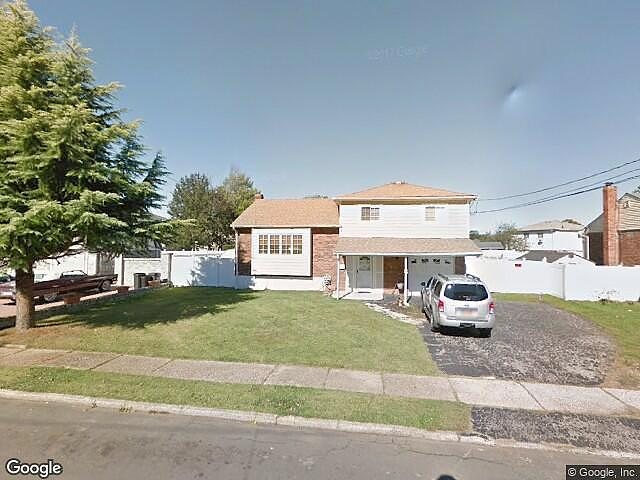 Lease to Own Home on Highridge North Babylon, NY