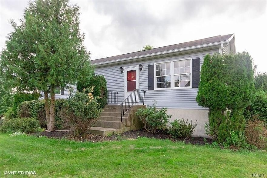 Lease to Own Home on Leewood Middletown, NY